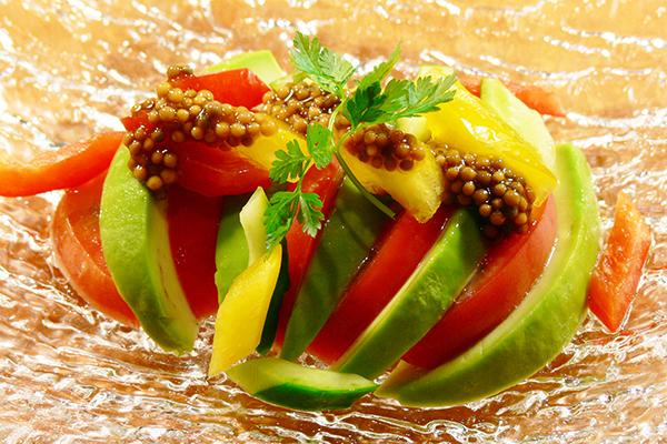 トマト&アボカドサラダ